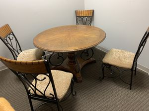 Real Wood table with dining chairs for Sale in Saint Petersburg, FL