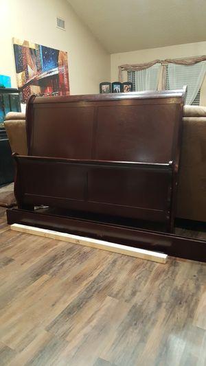 Full Size Sleigh Bed for Sale in Haltom City, TX