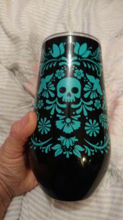 Turq skull tumbler 16oz for Sale in Abilene,  TX
