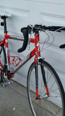 "Are you 5'10"" To 6'2"" looking for a Road Bike for the Spring? for Sale in Bremerton,  WA"
