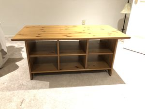 Coffee table for Sale in Issaquah, WA