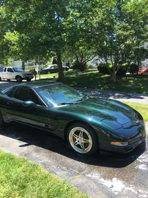 2000 Chevy Corvette gorgeous and sleek LOOKING FOR TRADE for Sale in Beltsville, MD