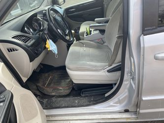 Dodge minivan 2012 for Sale in Warren,  MI
