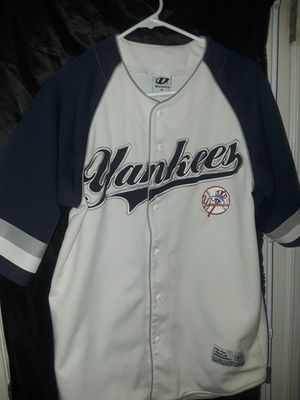 Yankees major league medium baseball jersey for Sale in North Plains, OR