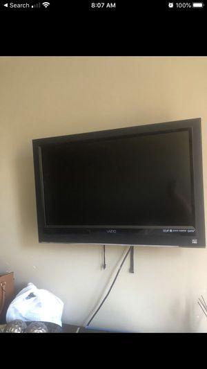 VIZIO FLATSCREEN TV for Sale in Glendale, CA