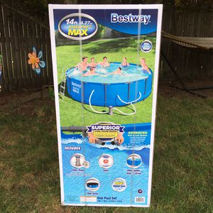 """Bestway 14 Foot (14'x42"""") Steel Pro Max Above Ground Swimming Pool for Sale in South Attleboro, MA"""