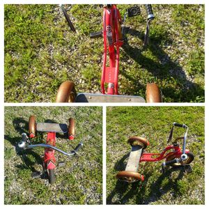 Schwinn Tricycle child size for Sale in Prospect, VA