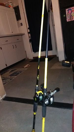 Skeet ruse fishing poles baitcasters for Sale in Gulfport, FL