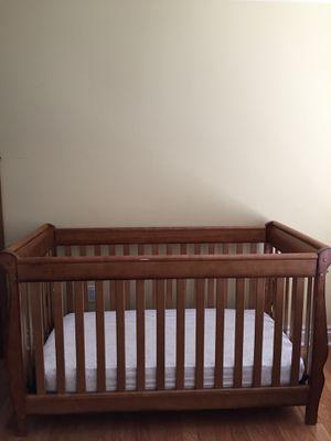 Crib with mattress for Sale in Stuart, FL