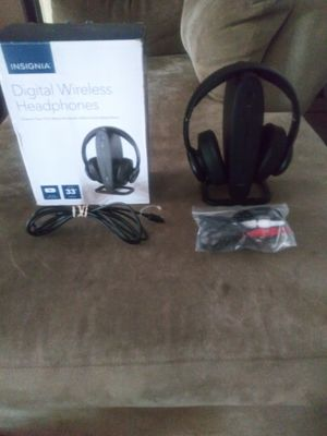 Bluetooth headphones for Sale in Aurora, CO