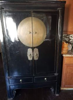 Asian Antique Armoire for Sale in Las Vegas,  NV