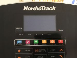 TREADMILL NORDICTRACK IN EXCELLENT CONDITION ONLY $250.00, one year old for Sale in Rancho Palos Verdes, CA