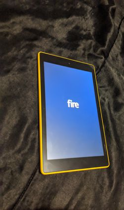 Kindle FIRE HD 8 in Good CONDITION for Sale in San Diego,  CA