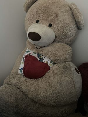 6 ft Giant Bear for Sale in Victorville, CA