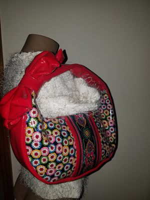 Vera Bradley Frill Handbag Floral Red Bow Bag Purse Daisy Hobo Paisley Lined for Sale in Windermere, FL