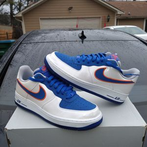 $100 local pick up Size 10.5 only. Nike Air Force 1 Low Knicks Very rare for Sale in Norcross, GA