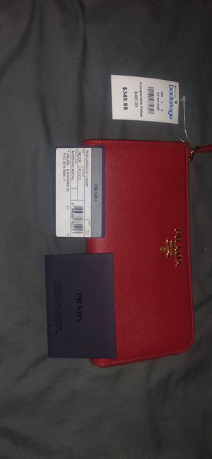 PRADA WALLETS for Sale in Columbus, OH