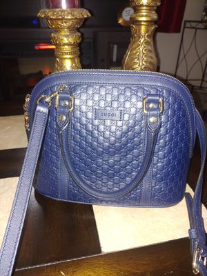 Authentic Gucci Shoulder Bag for Sale in San Leandro, CA