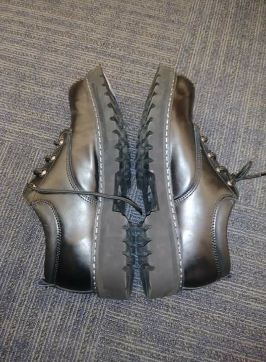 SKECHERS Men Low-Top Work Boots Size 11 Black Leather $45