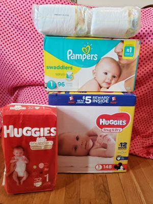 Diapers set size 1 for Sale in The Bronx, NY
