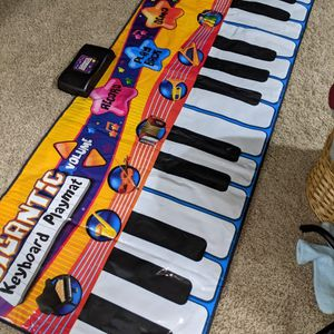Step Keyboard for Sale in Shoreline, WA