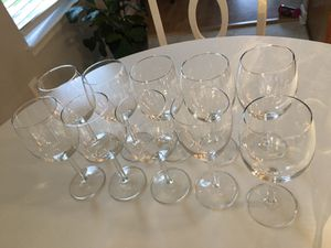 Ultimate party Glasses (Wine, martini, margarita, flutes and shotglasses) for Sale in Apex, NC