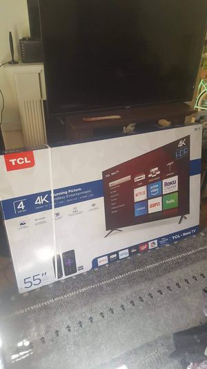 TCL 55 inch smart tv 4k/ Roku tv for Sale in Washington, DC