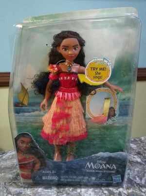 Disney Moana 10'' Doll Toy Light Up Necklace Musical Sings $15 for Sale in Ventura, CA