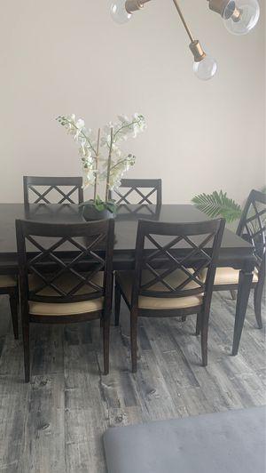 Dining table for Sale in Draper, UT