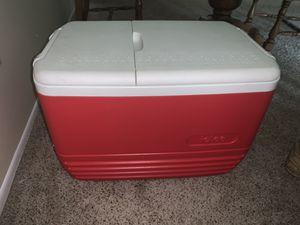 Red igloo cooler for Sale in Farmington Hills, MI