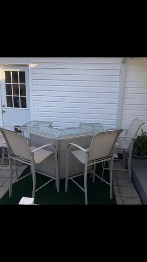 Bar table for Sale in Herndon, VA