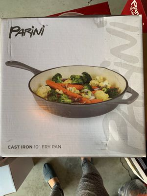 """Cast iron fry pan 10"""" for Sale in Monterey Park, CA"""