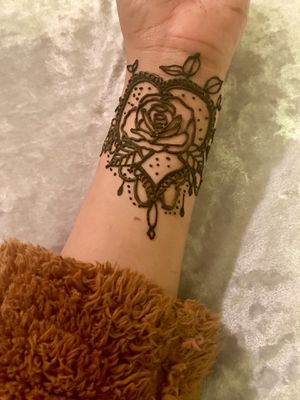 ♥️Valentines Henna♥️ 3rd slide henna special for Sale in Moreno Valley, CA