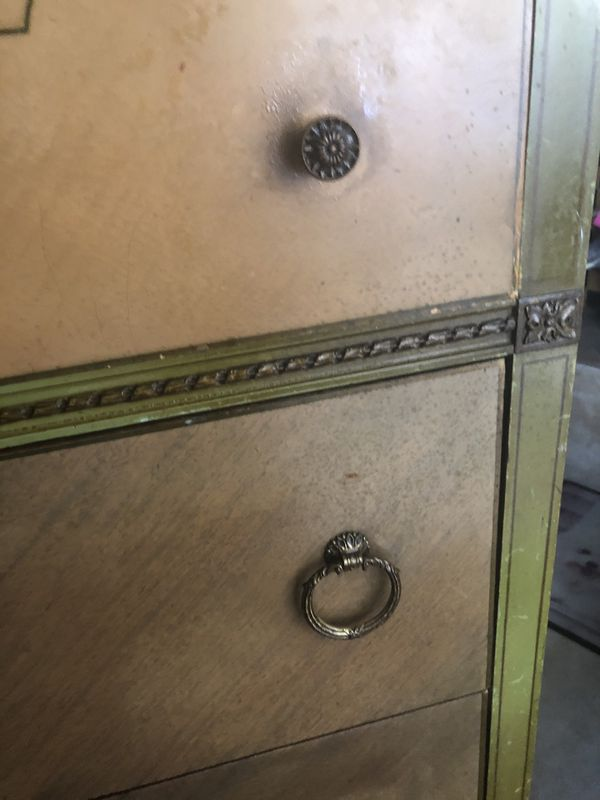 Antique Dresser 4 drawer