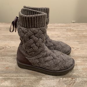 UGG Isla Knit Boots for Sale in Newtown, PA