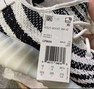 Yeezys White sz10.5 for Sale in Greenacres, FL