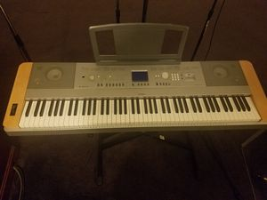 Yamaha DGX-640 Weighted keyboard for Sale in Baltimore, MD