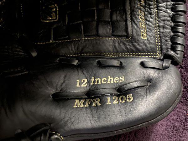 Left-Handed Throw Mizuno Franchise Baseball Glove