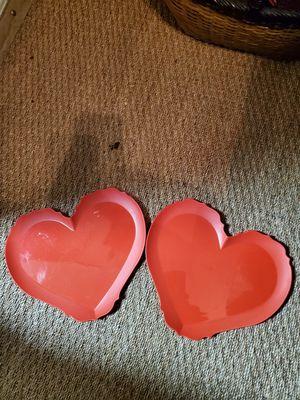 2 Heart Plates Plastic for Sale in Tacoma, WA