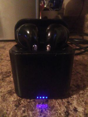 Bluetooth ear speakers with portable charger for Sale in Reedley, CA