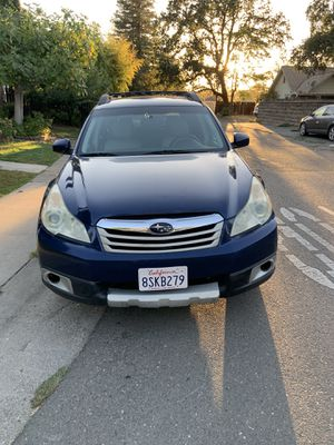 2011 Subaru Outback 2.5Premium for Sale in Sacramento, CA