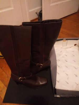 Apostrophe size 6.5 for Sale in Princeton, WV