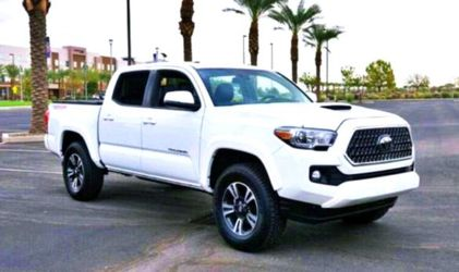 2017 Toyota Tacoma for Sale in North Las Vegas,  NV
