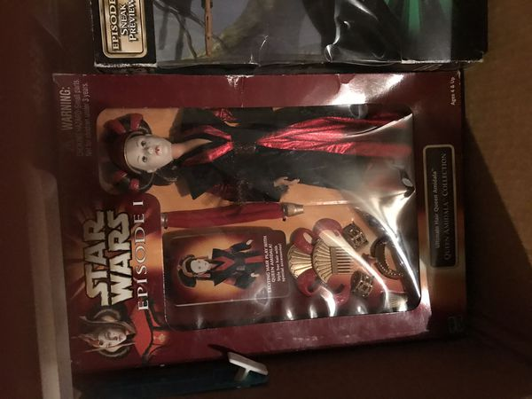 Star Wars collectables action figures toys puzzles ships