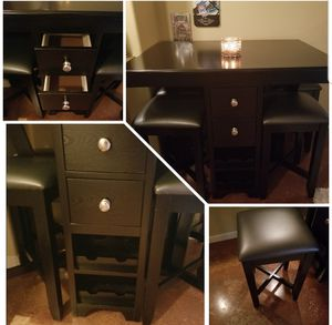 Small table, 4 stools, 4 drawers and 8 wine holders at the bottom. for Sale in Houston, TX