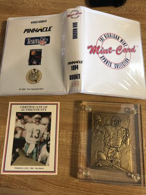 [Pinnacle] Dan Marino Mint-Card - 1994 Bronze for Sale in Victoria, TX