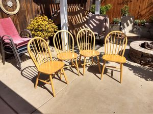 Dining table chairs for Sale in El Cajon, CA
