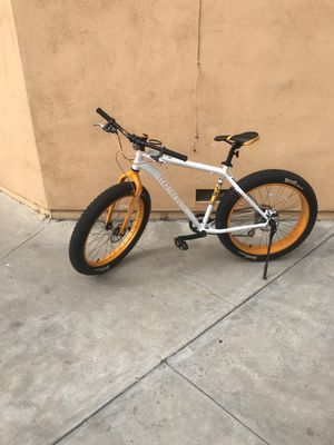 fat bike giant momentum for Sale in South Gate, CA