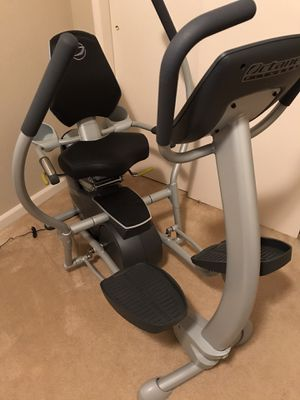 Octane XR4 Recumbent Elliptical for Sale in Fresno, CA