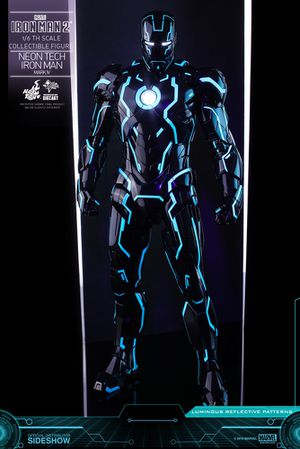 1/6 Hot Toys Neon Tech Iron Man Sideshow Exclusive for Sale in Cerritos, CA